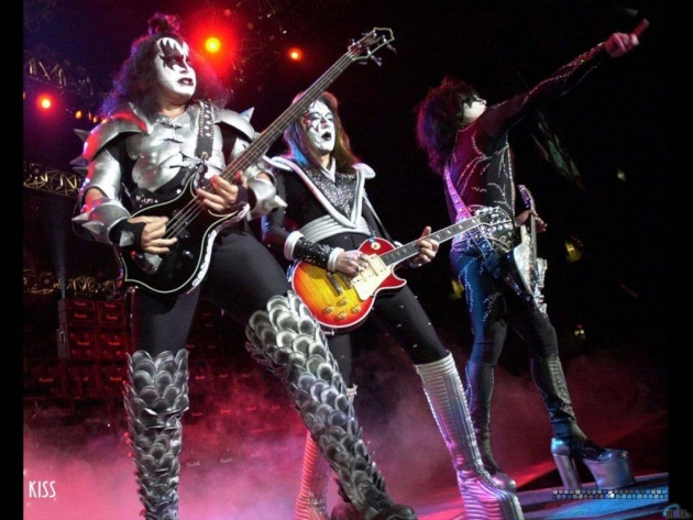 Wallpaper Kiss (Gene Simmons, Tommy Thayer, Paul Stanley)