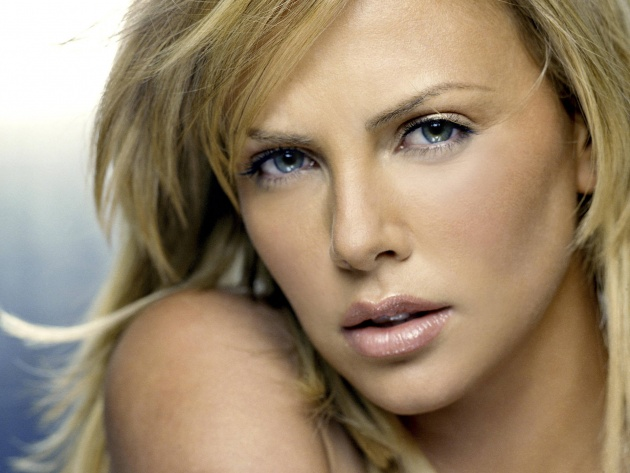 Wallpaper A gentle face of actress Charlize Theron