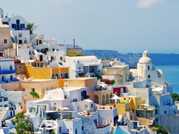 Wallpaper Fira The Capital Of The Greek Island Of