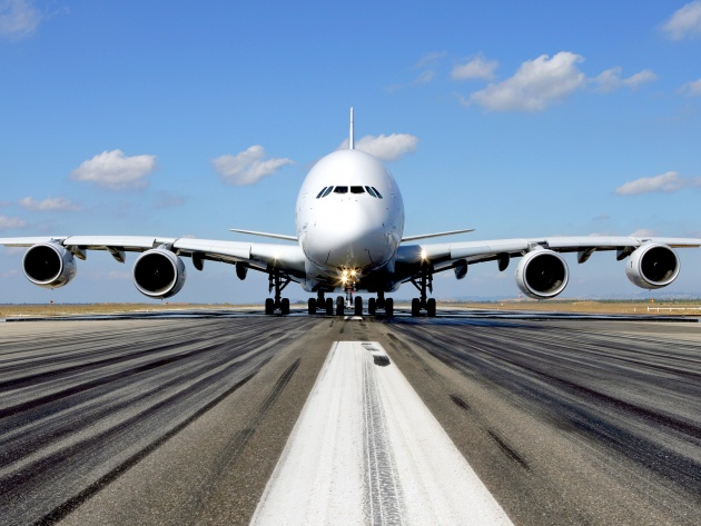Wallpaper Airbus A380 on the runway