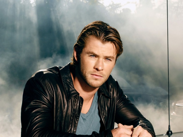 Wallpaper Chris Hemsworth in a leather jacket