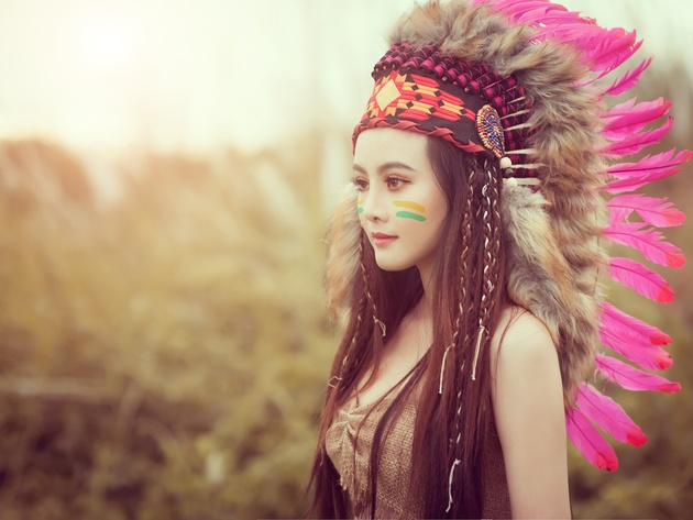 Wallpaper brunette, girl, feathers, indian, native american