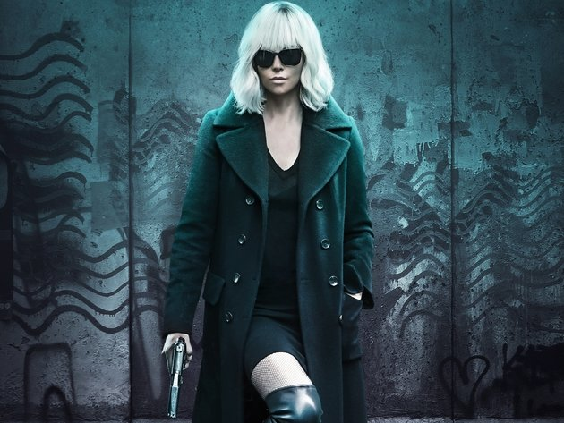 Wallpaper blonde, actress, gun, girl, charlize theron, glasses, atomic blonde