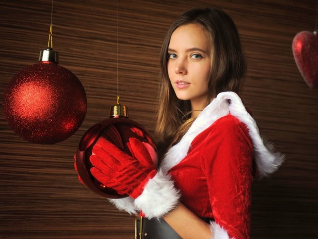 Wallpaper brunette, girl, new year, christmas tree, maiden, gloves, katya clover, ekaterina skaredina