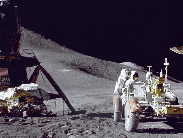 Wallpaper moon, astronaut, apollo 15, lunar rover