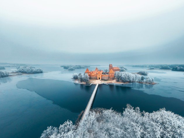 Wallpaper snow, winter, lake, water, castle, ice, lithuania, trakai island castle