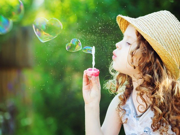 Wallpaper girl, curls, child, hat, bubbles, curly hair