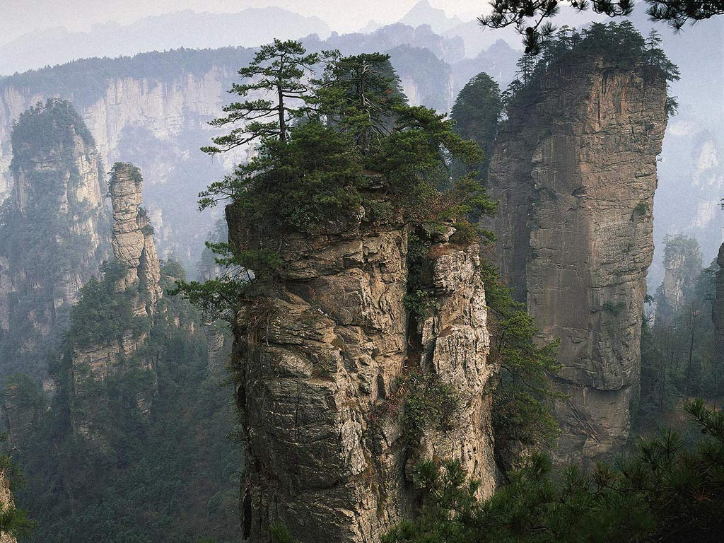 download wallpaper mountains cliff rock china zhangjiajie, 1024x768